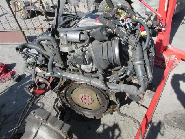 Какой двигатель у ауди а8
