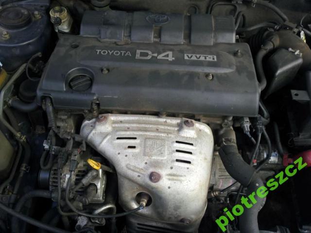 Фото двигателя тойота авенсис
